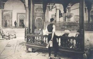 En la Mezquita de Gazi Husrev-bey de Sarajevo